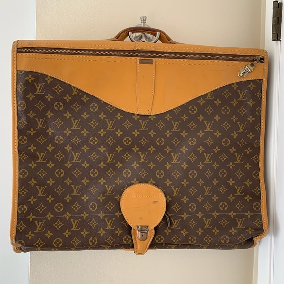 7ca8f053a8f Louis Vuitton Saks Fifth Avenue Travel Garment Bag